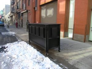 Chelsea, 25 Street, outside Pace, December 2009